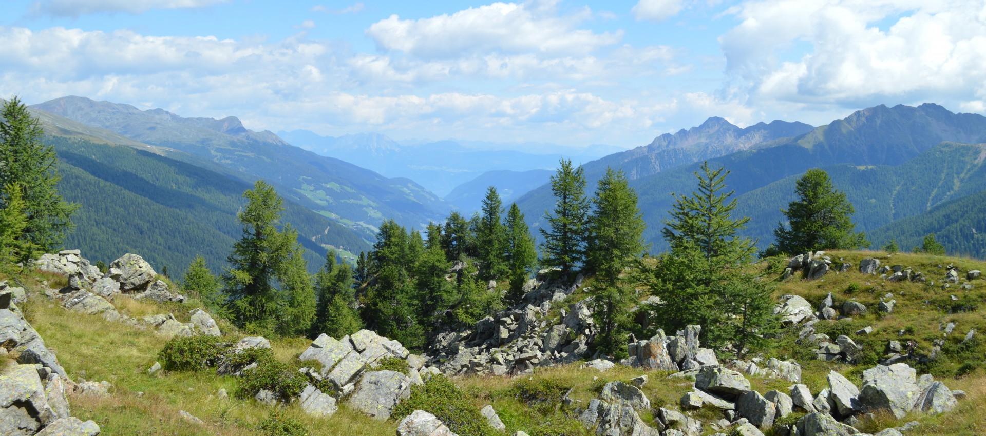 Aussicht Ultental - Wanderhotel in Sütirol - 4 Sterne - Pfeiss - bei Meran