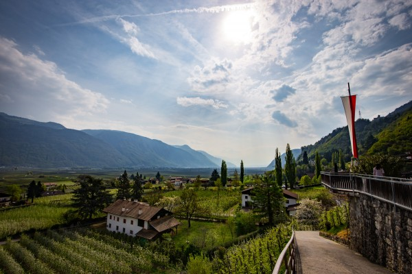 E-Bike tour - 4 Sterne Hotel bei Meran - Südtirol - Hotel mit Pool - E-Bike Hotel in Südtirol